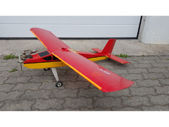Model Tech Trainer 40 H 150cm v.sp, med SC 40 glow-motor